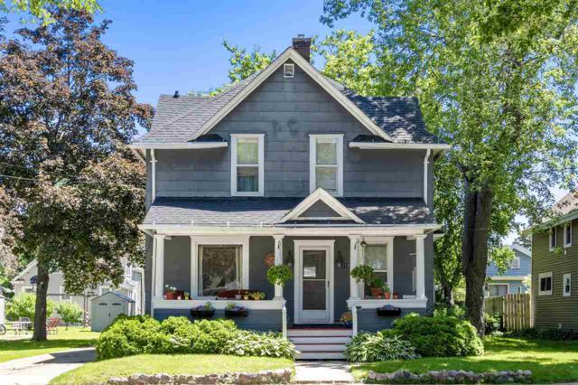712 N Division Street, Appleton, WI 54911 (#50205469) :: Symes Realty, LLC