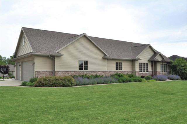 4036 Three Penny Court, De Pere, WI 54115 (#50205482) :: Todd Wiese Homeselling System, Inc.