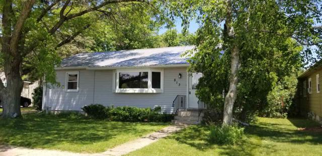 813 Park Avenue, Waupaca, WI 54981 (#50205547) :: Todd Wiese Homeselling System, Inc.
