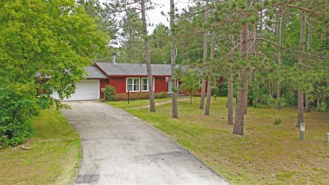 N2084 Virginia Drive, Waupaca, WI 54981 (#50205639) :: Todd Wiese Homeselling System, Inc.