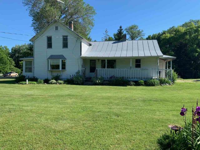 E6439 Hwy 22, Bear Creek, WI 54922 (#50205840) :: Symes Realty, LLC