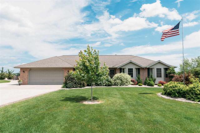 3202 Brookside Drive, Pulaski, WI 54162 (#50205893) :: Symes Realty, LLC