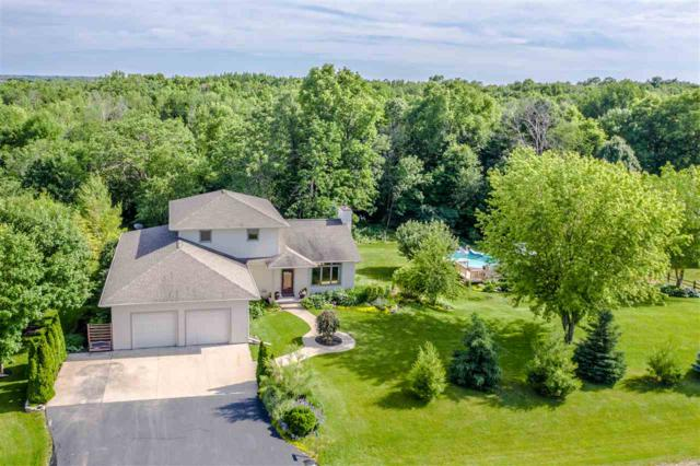 3571 Golf Wood Drive, Neenah, WI 54956 (#50205897) :: Symes Realty, LLC