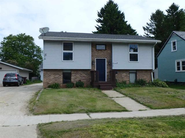 2732 11TH Street, Two Rivers, WI 54241 (#50206121) :: Symes Realty, LLC