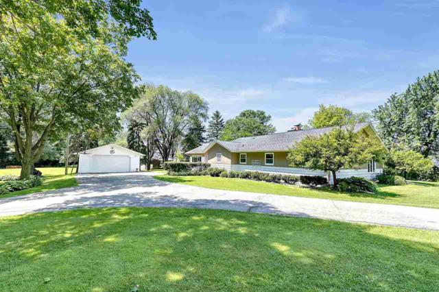 W5325 Hwy 151, Chilton, WI 53014 (#50206462) :: Todd Wiese Homeselling System, Inc.
