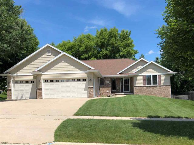 3154 Alfa Romero Road, Green Bay, WI 54313 (#50206521) :: Dallaire Realty