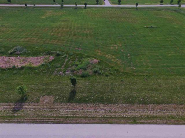 Backwater Drive, Fond Du Lac, WI 54937 (#50206787) :: Todd Wiese Homeselling System, Inc.