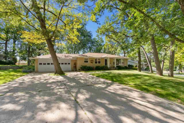 1099 St Charles Drive, Green Bay, WI 54311 (#50206843) :: Dallaire Realty