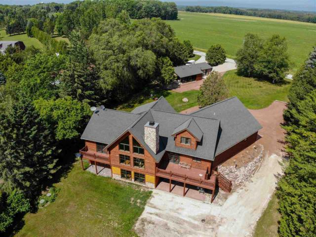 1941 Taube Road, Sturgeon Bay, WI 54235 (#50206857) :: Todd Wiese Homeselling System, Inc.
