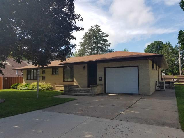 703 W 2ND Street, Shawano, WI 54166 (#50206870) :: Todd Wiese Homeselling System, Inc.