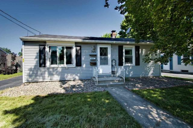 744 Appleton Road, Menasha, WI 54952 (#50206871) :: Todd Wiese Homeselling System, Inc.