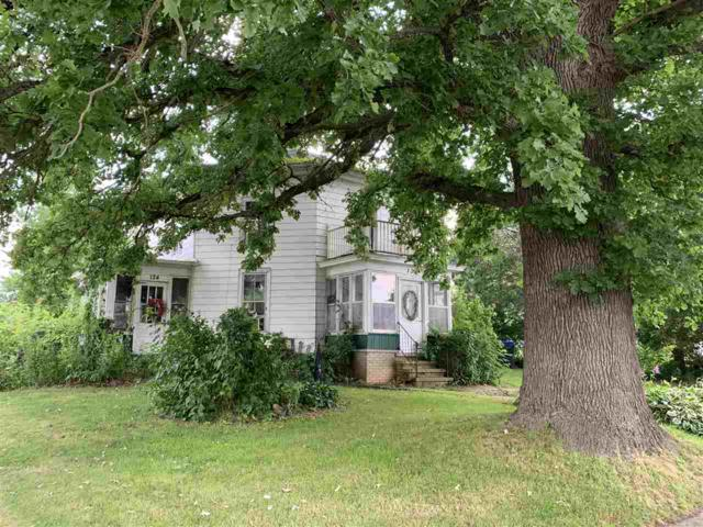 124 W Bath Street, Hortonville, WI 54944 (#50206920) :: Todd Wiese Homeselling System, Inc.