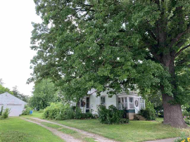 124 W Bath Street, Hortonville, WI 54944 (#50206929) :: Todd Wiese Homeselling System, Inc.