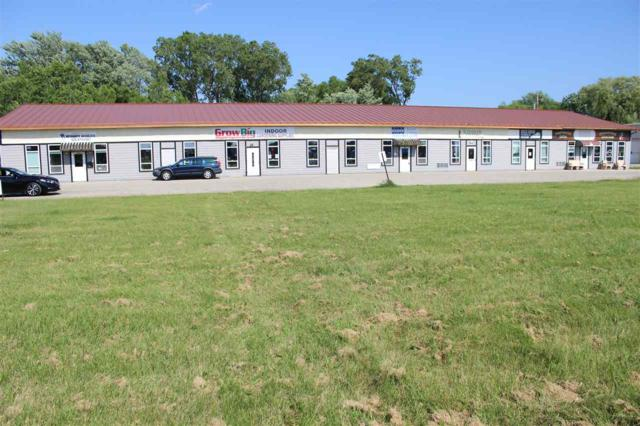 918 S Westland Drive, GRAND CHUTE, WI 54914 (#50206931) :: Todd Wiese Homeselling System, Inc.