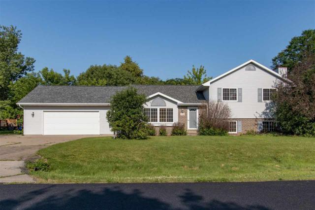 2783 Oakwood Circle, Oshkosh, WI 54904 (#50206953) :: Symes Realty, LLC