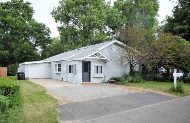 920 Cozy Lane, Oshkosh, WI 54901 (#50206987) :: Dallaire Realty
