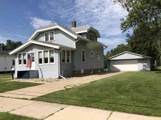 724 Depere Street, Menasha, WI 54952 (#50206999) :: Todd Wiese Homeselling System, Inc.
