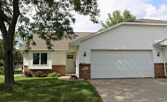 2942 Big Bend Drive #2, Appleton, WI 54914 (#50207017) :: Dallaire Realty