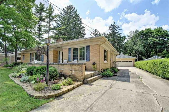 2532 Beaumont Street, Green Bay, WI 54301 (#50207065) :: Todd Wiese Homeselling System, Inc.
