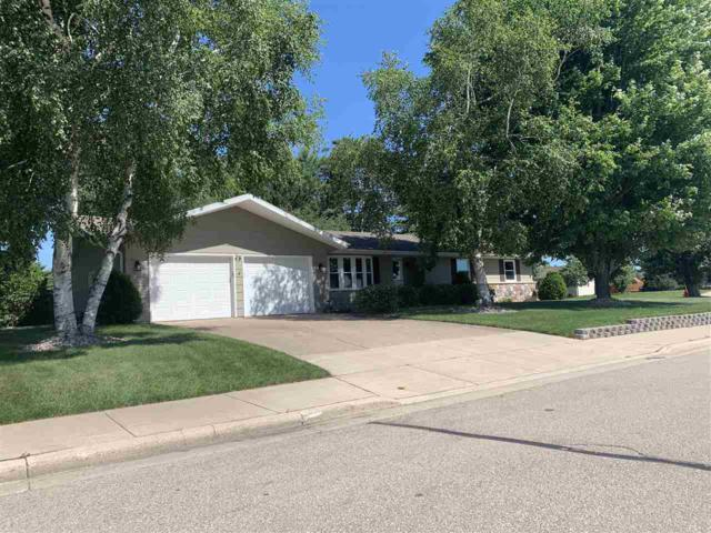 1440 S Union Street, Shawano, WI 54166 (#50207085) :: Todd Wiese Homeselling System, Inc.