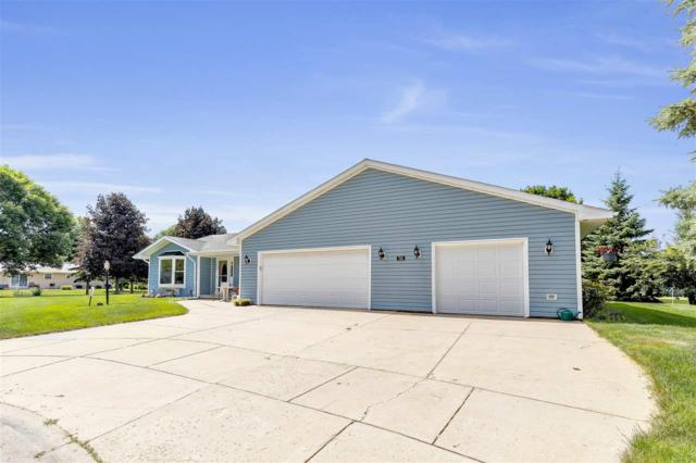 726 Kickapoo Place, De Pere, WI 54115 (#50207107) :: Todd Wiese Homeselling System, Inc.
