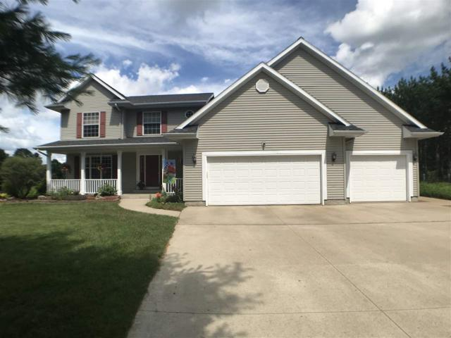 N4324 Country Court, Shawano, WI 54166 (#50207129) :: Dallaire Realty