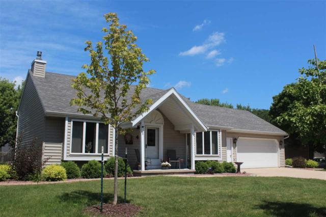 4 Sunbeam Court, Appleton, WI 54915 (#50207135) :: Dallaire Realty