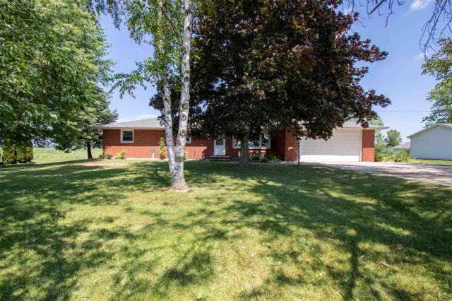 4093 Luxemburg Road, New Franken, WI 54229 (#50207151) :: Dallaire Realty
