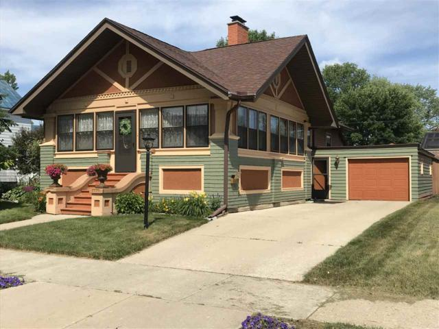 404 Superior Avenue, Oconto, WI 54153 (#50207160) :: Dallaire Realty