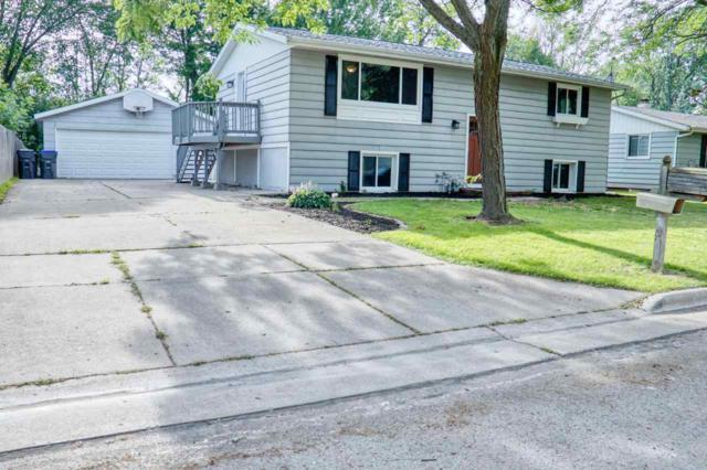 2341 Brantwood Drive, Neenah, WI 54956 (#50207168) :: Todd Wiese Homeselling System, Inc.