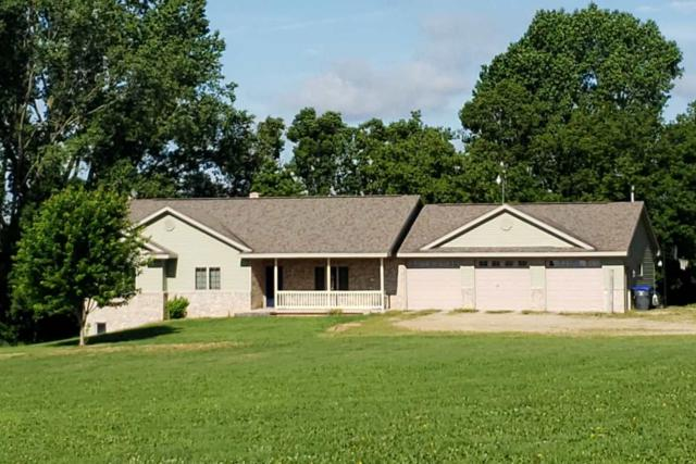 N8663 Old Hwy 47, Black Creek, WI 54106 (#50207169) :: Dallaire Realty