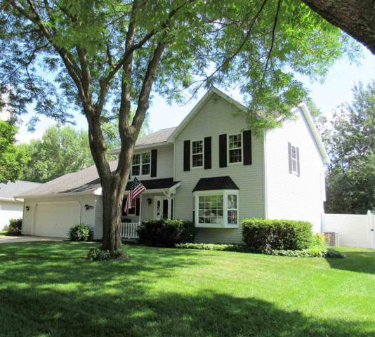 2965 Sonoran Trail, Green Bay, WI 54313 (#50207185) :: Todd Wiese Homeselling System, Inc.