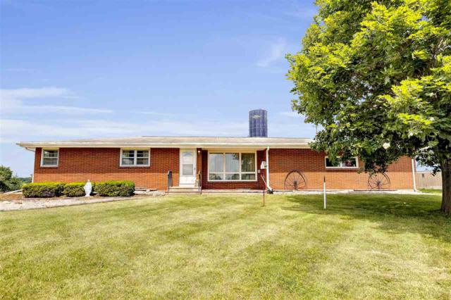 W1002 Fish Creek Road, De Pere, WI 54115 (#50207187) :: Todd Wiese Homeselling System, Inc.