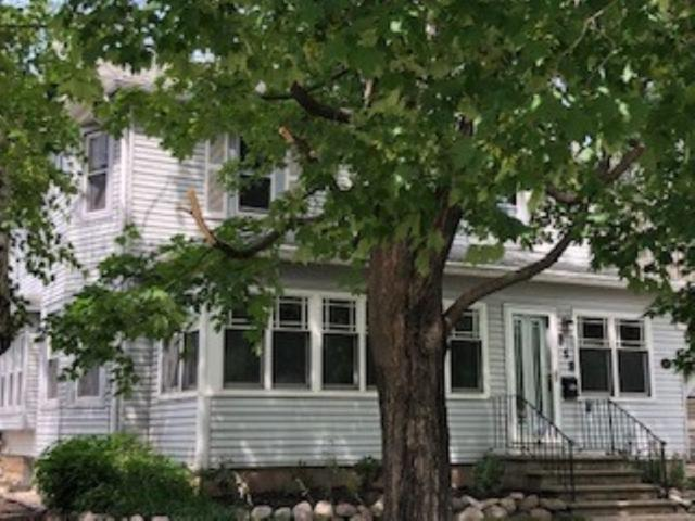 519 Spring Street, Green Bay, WI 54301 (#50207213) :: Todd Wiese Homeselling System, Inc.