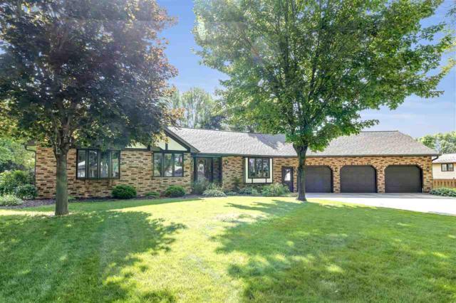 473 Stella Vista Drive, Green Bay, WI 54302 (#50207225) :: Todd Wiese Homeselling System, Inc.