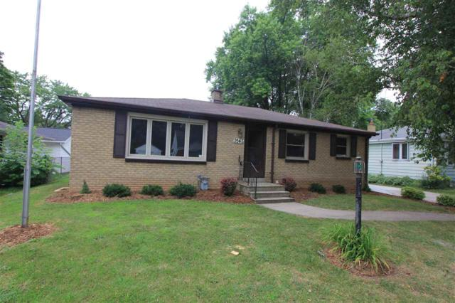 1241 Langlade Avenue, Green Bay, WI 54304 (#50207240) :: Todd Wiese Homeselling System, Inc.