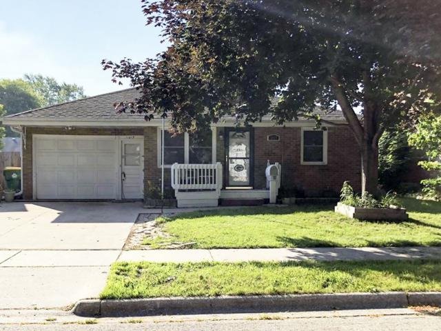 1619 11TH Avenue, Green Bay, WI 54304 (#50207246) :: Todd Wiese Homeselling System, Inc.