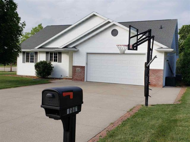 1567 Hillington Drive, Neenah, WI 54956 (#50207282) :: Todd Wiese Homeselling System, Inc.