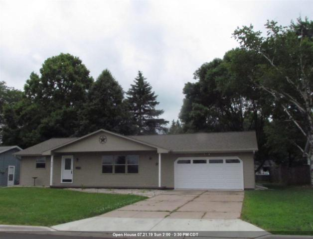 216 E St Joseph Street, Green Bay, WI 54301 (#50207294) :: Todd Wiese Homeselling System, Inc.