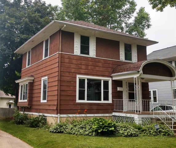 831 Howard Street, Green Bay, WI 54303 (#50207305) :: Symes Realty, LLC