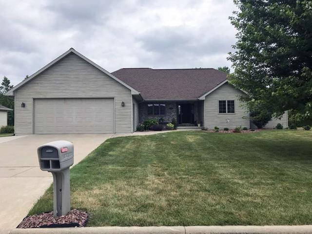 888 Whimbrel Way, Pulaski, WI 54162 (#50207307) :: Todd Wiese Homeselling System, Inc.