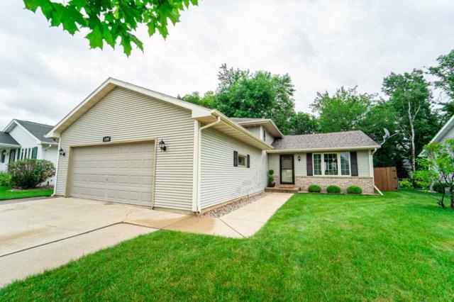 1390 Fairfax Street, Oshkosh, WI 54904 (#50207309) :: Todd Wiese Homeselling System, Inc.
