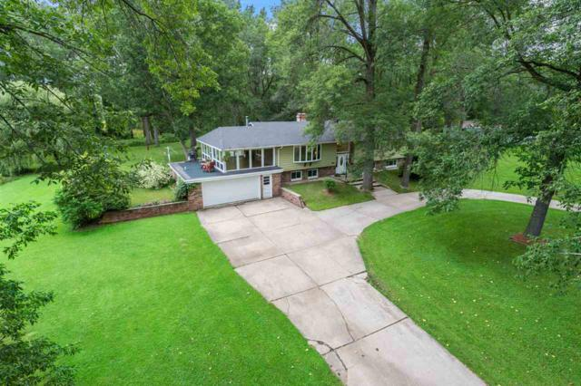 4507 Renard Court, Suamico, WI 54173 (#50207334) :: Symes Realty, LLC
