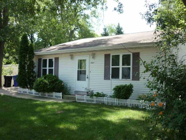 307 E Wilson Avenue, Appleton, WI 54915 (#50207419) :: Dallaire Realty