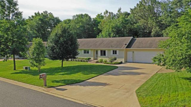 700 Leighton Road, Waupaca, WI 54981 (#50207448) :: Dallaire Realty