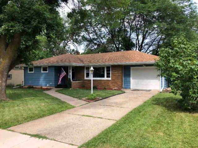 271 Laurel Lane, Fond Du Lac, WI 54935 (#50207472) :: Dallaire Realty
