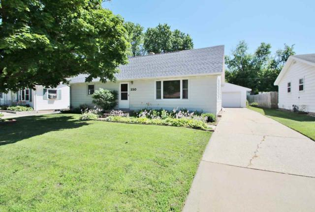 220 N Danz Avenue, Green Bay, WI 54302 (#50207478) :: Dallaire Realty