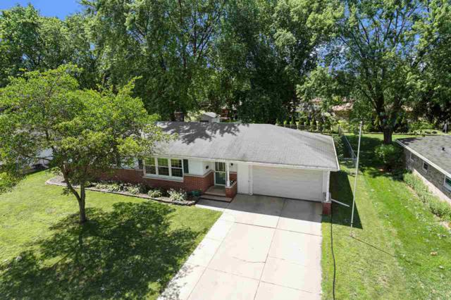 230 Huth Street, Green Bay, WI 54302 (#50207495) :: Dallaire Realty