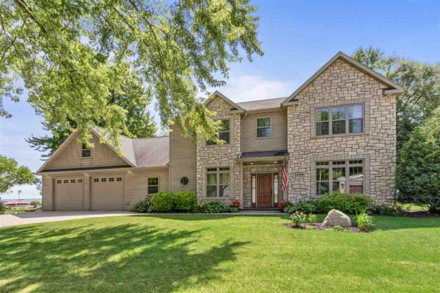 496 Plummers Harbor Road, Neenah, WI 54956 (#50207519) :: Dallaire Realty