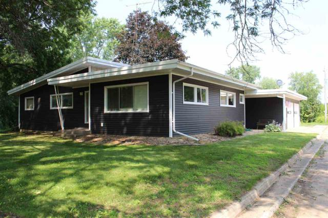 35 Riverside Drive, Clintonville, WI 54929 (#50207664) :: Todd Wiese Homeselling System, Inc.